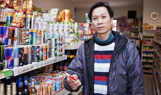 Chmurný výraz v tváří Nguyena Tranh Mica nevěstí nic dobrého.
