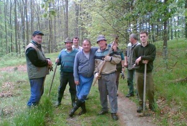 Dobrovolníci z Deštnice na Lounsku připraveni na lov mývalů a želv.