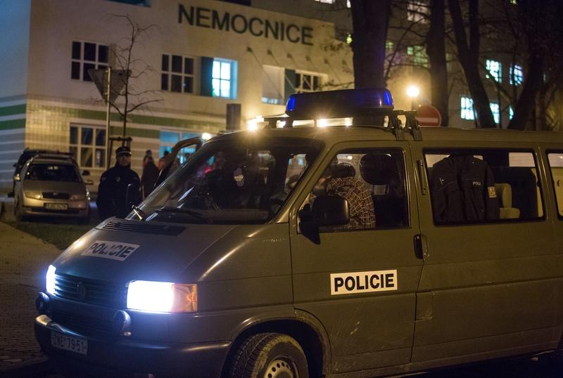 Policie byla na místě včas. Všichni nemocní zůstali díkybohu nemocnými!