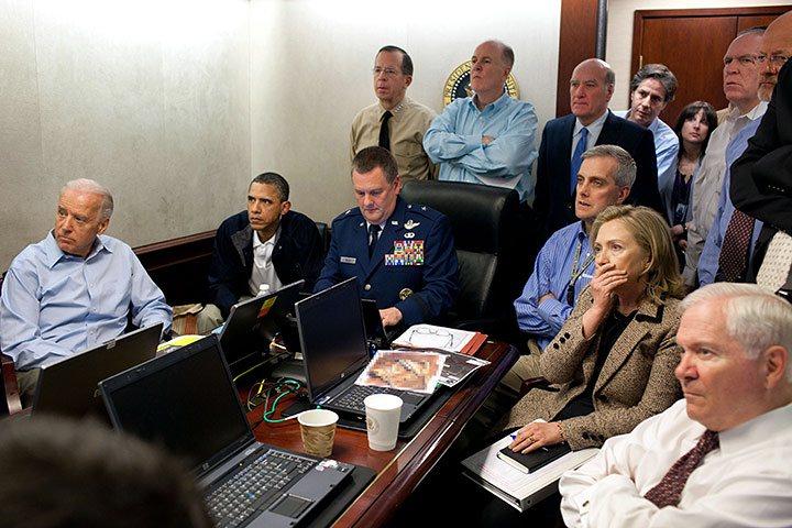 Hillary Clinton je zděšena, Obama si již zvykl.