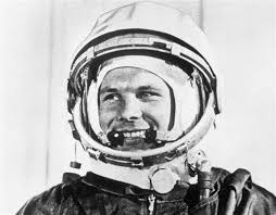 Gagarin. Ve světle nových informací pouhý břídil.