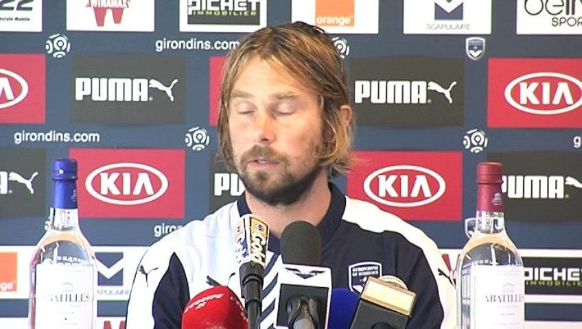 Jarda Plašil usnul hned na úvod turnaje. Na tiskovce mluvil ze spaní!
